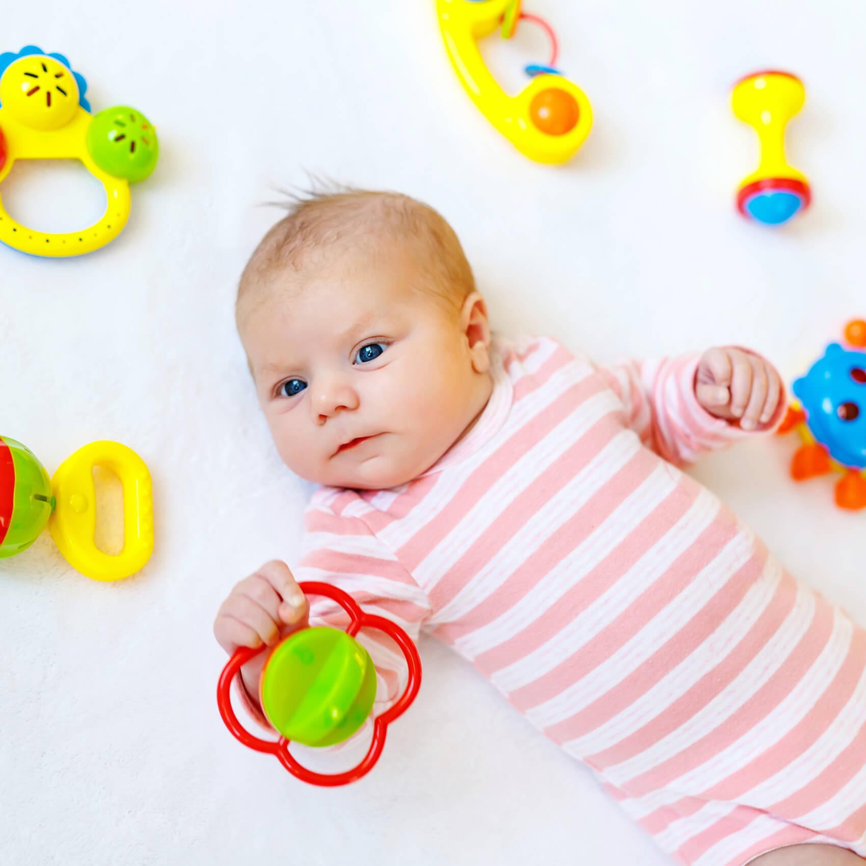 Rast, razvoj in zorenje možganov pri dojenčku ter starševstvo