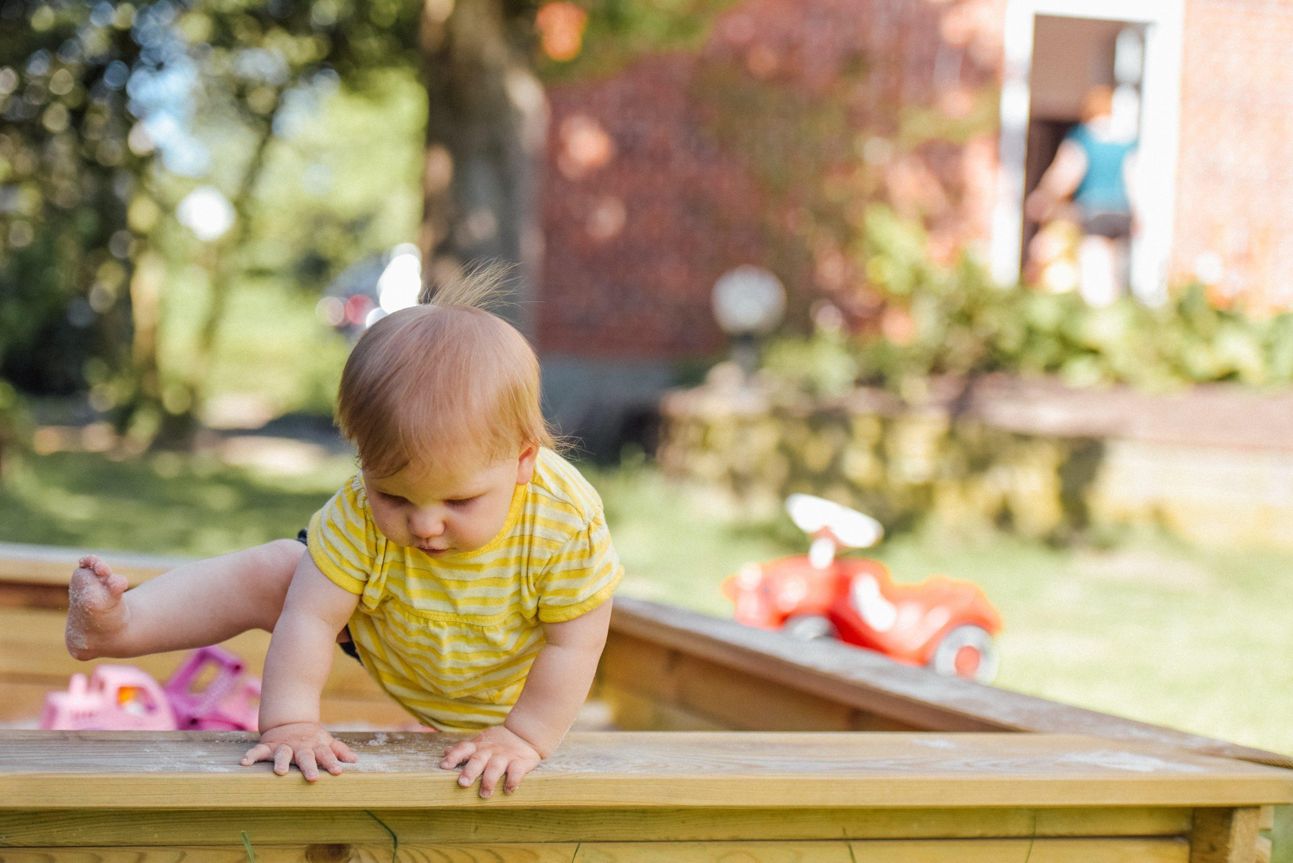WHO priporočila za telesno dejavnost, sedeč življenjski slog in spanje zdravih otrok do 5. leta starosti