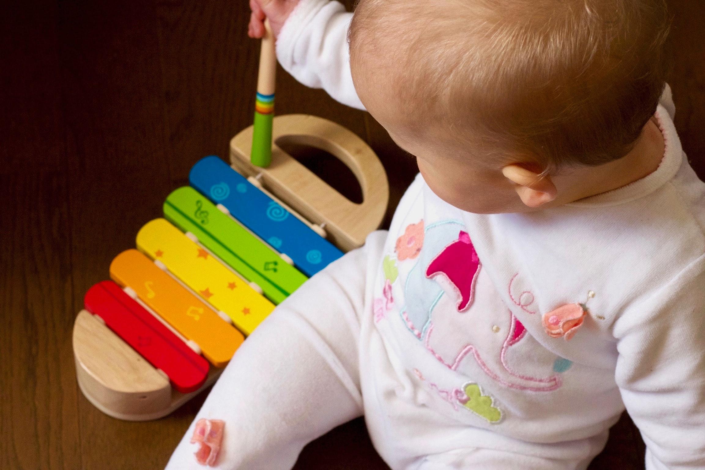 Skupaj doma zaradi korona virusa – 3 nasveti za boljšo varnost najmlajših otrok