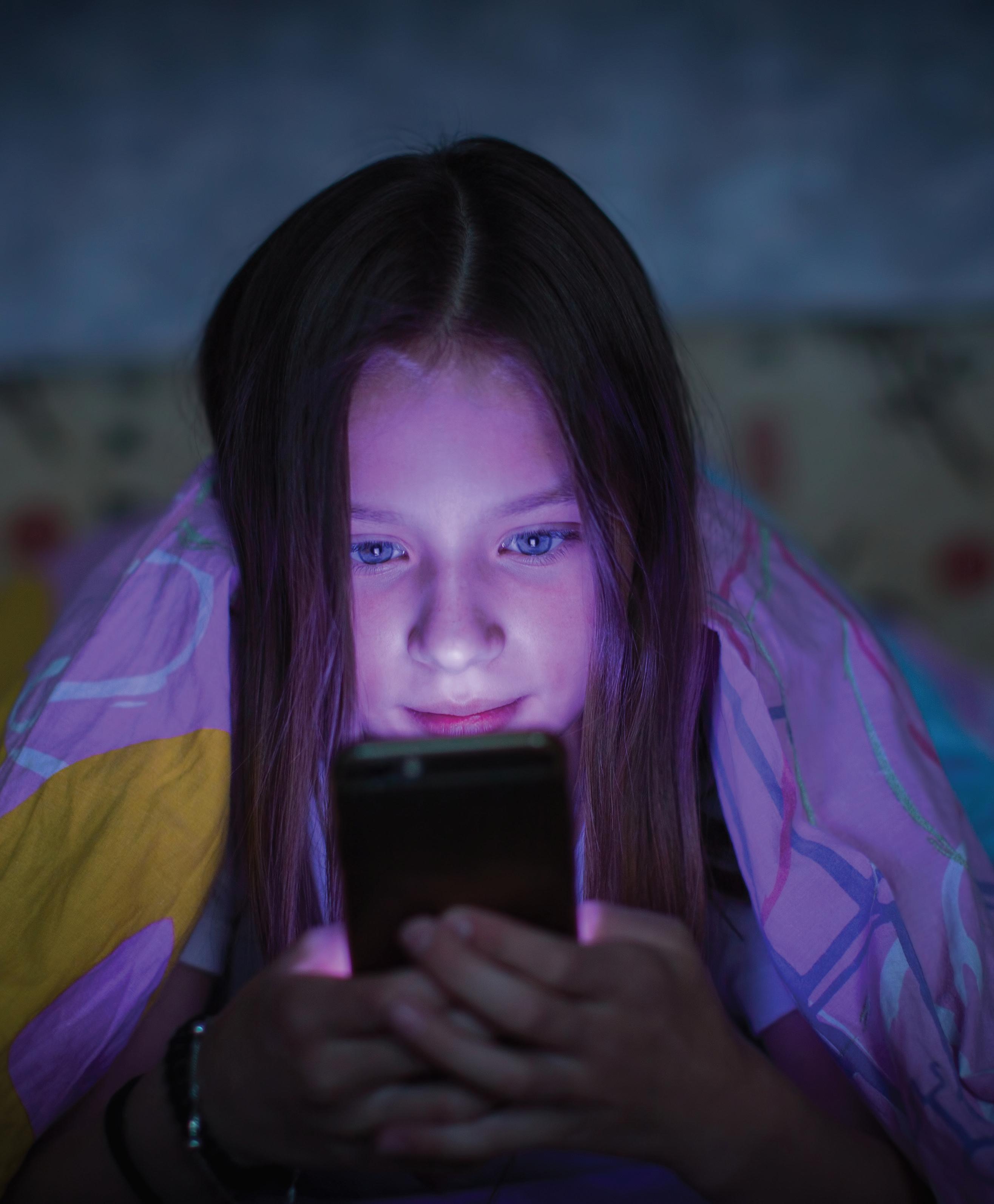 Smernice za uporabo zaslonov  – Starejši otroci in mladostniki